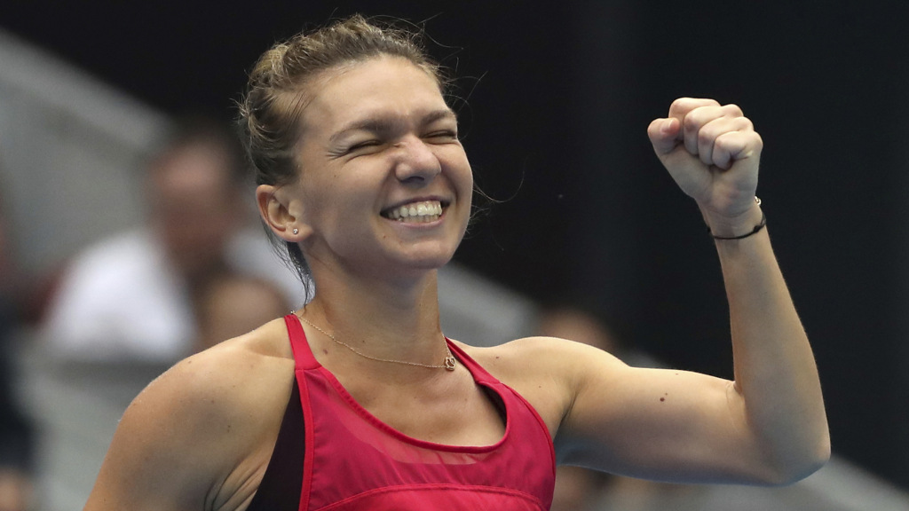 Top-seeded Simona Halep advances at Dubai Championships