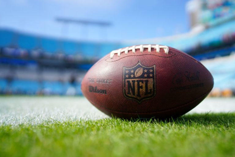 2020 Sunday Night Football Schedule How To Watch On Tv Nfl Live Streams